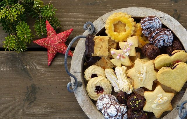 christmas-cookies-2975570_640