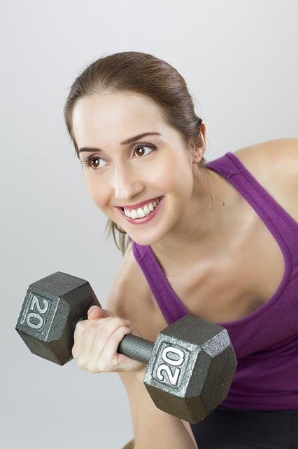 Proč by ženy měly střídat silový trénink a kardio cvičení?